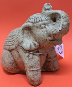 άγαλμα που απεικονίζει έναν ελέφαντα