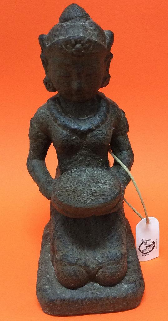 πέτρινο άγαλμα που απεικονίζει την θεότητα Τάρα