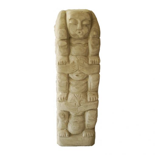 πέτρινο άγαλμα που απεικονίζει τρεις πιθήκους