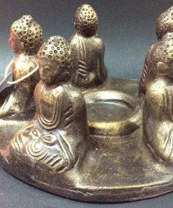 άγαλμα το οποίο απεικονίζει ένα κύκλο με Βούδες
