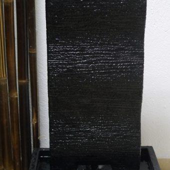 συντριβάνι πυλώνας από μωσαϊκό πέτρας (terrazzo)