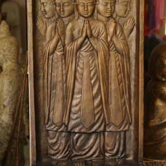 συντριβάνι με πέντε Βούδες