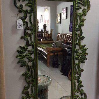 καθρέφτης τοίχου από ξύλο τικ