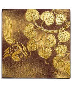 παραδοσιακοί πίνακες διακοσμημένοι με φύλλα χρυσού