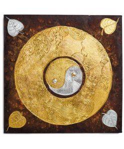 παραδοσιακοί πίνακες διακοσμημένοι με χρυσά φύλλα