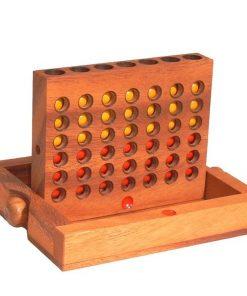 επιτραπέζιο παιχνίδι σκορ 4, μεγάλο