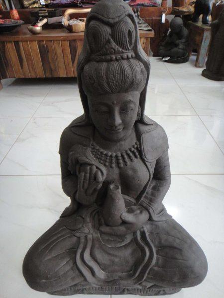 πέτρινο άγαλμα που απεικονίζει τον Kwan Im