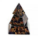 03021214g – Πυραμίδα κουτί μαύρο