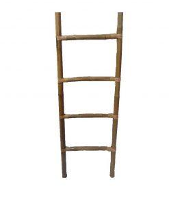 Σκάλες - κρεμάστρες